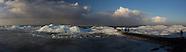 Kruiend ijs IJsselmeer bij Hindeloopen | Drifting Ice