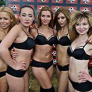 NLD/Amsterdam/20080518 - Opname strafschoppen EK Lingerie, team uit Rusland