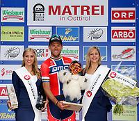 Sykkel<br /> Matrei Østerrike<br /> 02.07.2013<br /> Foto: Gepa/Digitalsport<br /> NORWAY ONLY<br /> <br /> 65. Internationale Oesterreich Rundfahrt, 3. Etappe, Heiligenblut - Matrei in Osttirol. Bild zeigt Thor Hushovd (NOR/BMC Racing Team) und Girls.