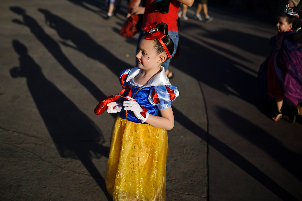 photo by Matt Roth.Tuesday, May 1, 2012..A little girl dresses like Snow White at Disney World in Orlando, Florida Tuesday, May 1, 2012.  After forty-one-years, Disney World is closing the Snow White's Scary Adventure ride June 1st of this year.