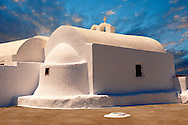 White Orthodox chapel of Oia, Santorini, Greece .<br /> <br /> If you prefer to buy from our ALAMY PHOTO LIBRARY  Collection visit : https://www.alamy.com/portfolio/paul-williams-funkystock/santorini-greece.html<br /> <br /> Visit our PHOTO COLLECTIONS OF GREECE for more photos to download or buy as wall art prints https://funkystock.photoshelter.com/gallery-collection/Pictures-Images-of-Greece-Photos-of-Greek-Historic-Landmark-Sites/C0000w6e8OkknEb8