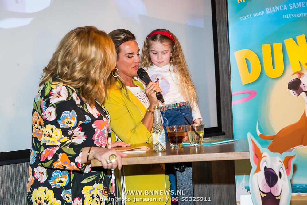 NLD/Berkel en Rodernrijs/20190311 - Boekpresentatie Dunya, een Hemels Hondenleven van Monique Westenberg en haar nichtje