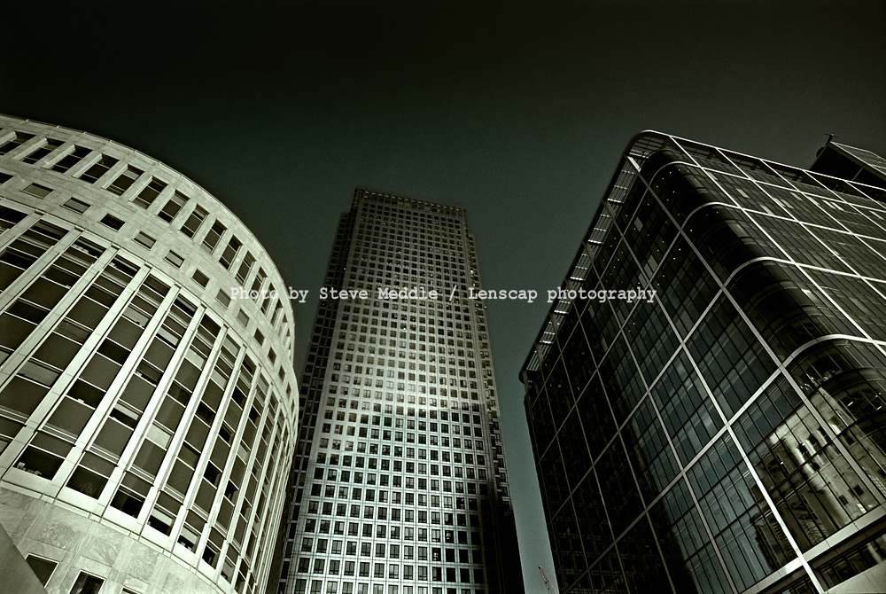 Canary Wharf Tower, One Canada Square, Docklands, London - Oct 1999