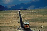 Inde - Province du Jammu Cachemire -  Ladakh - Route Himalayenne entre Srinagar et Leh