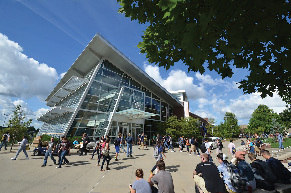 The Student Union is a great place to study, meet friends, eat and relax at The University of Akron