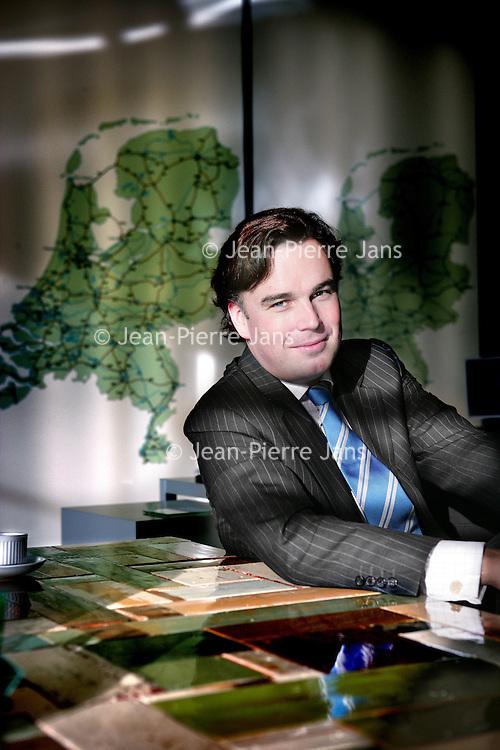 Nederland,Den Haag ,11 december 2007..Camiel Martinus Petrus Stephanus (Camiel) Eurlings (Valkenburg, 16 september 1973) is een Nederlandse politicus. Hij is minister van Verkeer en Waterstaat in het kabinet-Balkenende IV en lid van het Christen-Democratisch Appèl (CDA)..Foto:Jean-Pierre Jans