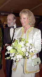 TRH PRINCE & PRINCESS MICHAEL OF KENT at a reception in London on 23rd March 2000.OCE 17<br /> © Desmond O'Neill Features:- 0208 971 9600<br />    10 Victoria Mews, London.  SW18 3PY  photos@donfeatures.com<br /> MINIMUM REPRODUCTION FEE AS AGREED.<br /> PHOTOGRAPH BY DOMINIC O'NEILL