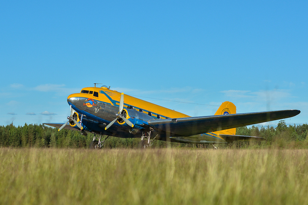"""Douglas DC-3 1945 """"Congo Queen"""" 9Q-CUK <br /> Jämi Fly In & Airshow 2013<br /> petrijuola.com"""