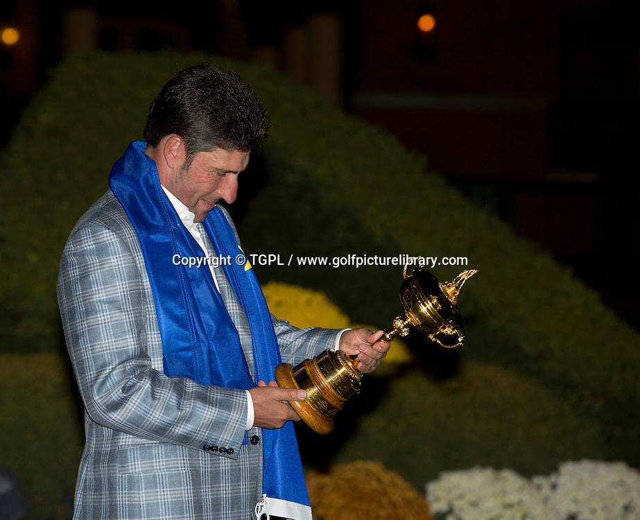 Jose Maria OLAZABAL (EUR) and trophy during final day Singles,Ryder Cup Matches 2012,Medinah CC,<br /> Medinah,Illinois,USA.