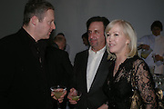 Rory Bremner,  Ron Silver and Sally Greener. Almeida 25th Anniversay Gala. Gagosian Gallery, Brittania St. Kings Cross. London. 27 January 2005. ONE TIME USE ONLY - DO NOT ARCHIVE  © Copyright Photograph by Dafydd Jones 66 Stockwell Park Rd. London SW9 0DA Tel 020 7733 0108 www.dafjones.com