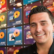 NLD/Volendam/20130612 - Opening Uniek Volendam, Jan Smit voor zijn gouden platen