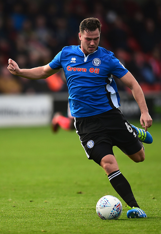 Rochdale's Harrison McGahey in action<br /> <br /> Photographer Richard Martin-Roberts/CameraSport<br /> <br /> The EFL Sky Bet League One - Fleetwood Town v Rochdale - Saturday 14th October 2017 - Highbury Stadium - Fleetwood<br /> <br /> World Copyright © 2017 CameraSport. All rights reserved. 43 Linden Ave. Countesthorpe. Leicester. England. LE8 5PG - Tel: +44 (0) 116 277 4147 - admin@camerasport.com - www.camerasport.com