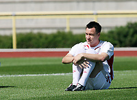Photo: Chris Ratcliffe.<br />England training session. 07/06/2006.<br />John Terry keeps it tight in training.