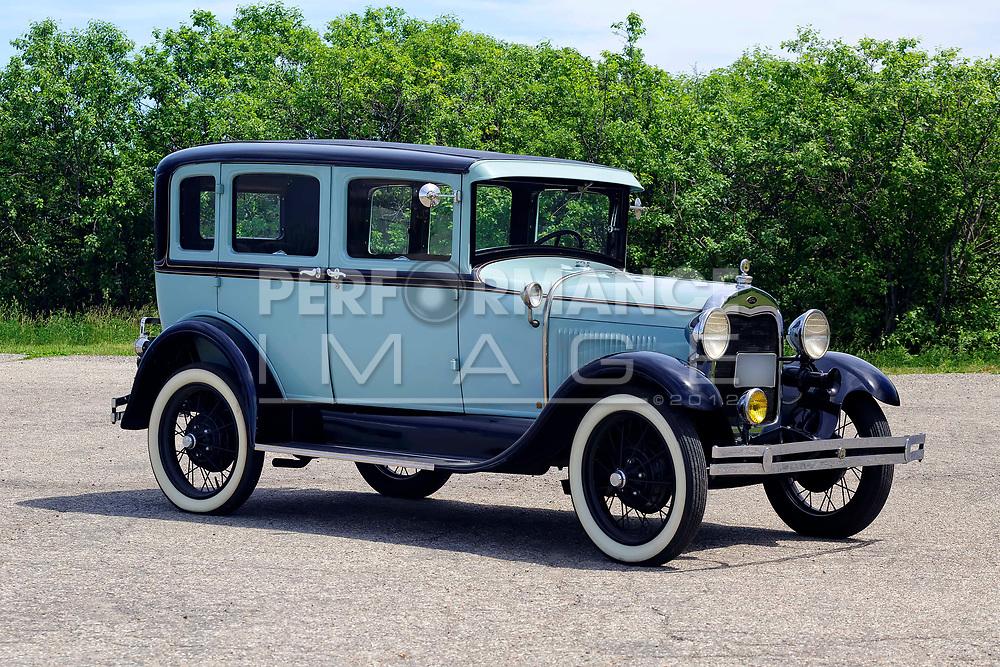 1929 Ford Town Sedan