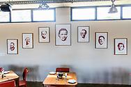 07-11-2017 Foto's genomen tijdens een persreis naar Buffalo City, een gemeente binnen de Zuid-Afrikaanse provincie Oost-Kaap.Steve Biko Centre - Afbeeldingen in het restaurant