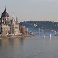 0708193915a Red Bull Air Race international air show qualifying runs over the river Danube, Budapest preceding the anniversary of Hungarian state foundation. Hungary. Sunday, 19. August 2007. ATTILA VOLGYI