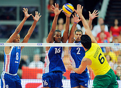 07.09.2014, Spodek, Katowice, POL, FIVB WM, Brasilien vs Kuba, Gruppe B, im Bild ROLANDO CEPEDA ISBEL MESA INOVEL ROMERO LEANDRO VISSOTTO // during the FIVB Volleyball Men's World Championships Pool B Match beween Brazil vs Cuba at the Spodek in Katowice, Poland on 2014/09/07. <br /> <br /> ***NETHERLANDS ONLY***