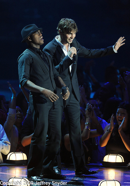 New York, NY-September 13, 2009: Ne-Yo and Chase Crawford perform during the MTV Video Music Awards at Radio City Music Hall on September 13, 2009 in New York City (Photo by Jeff Snyder/PictureGroup)