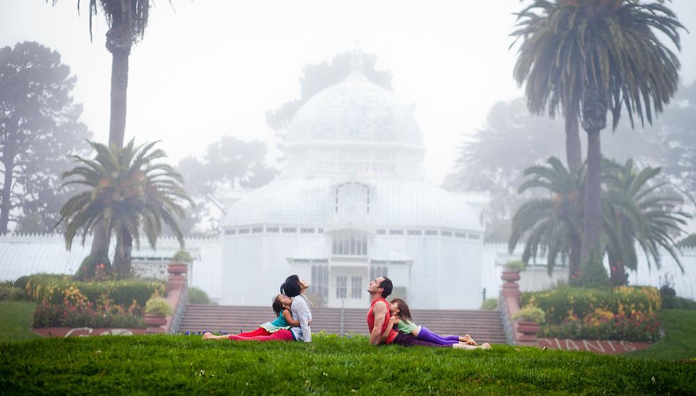 Ai Kubo, Mark Silva, Saiana and Rubi at the Conservatori of flowers, Botanical Garden - San Francisco