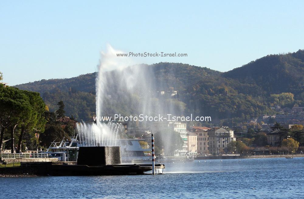 Italy, Lombardy, Lake Como the fountain