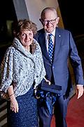 In Theater Orpheus is een voorstelling van Introdans ter gelegenheid van de 75e verjaardag van Prinses Margriet. <br /> <br /> In Theater Orpheus there is a performance by Introdans on the occasion of the 75th birthday of Princess Margriet.<br /> <br /> Op de foto / On the photo:  Prinses Margriet en Pieter van Vollenhoven
