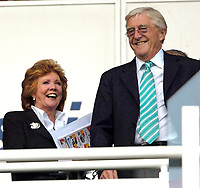 Photo: Ed Godden/Sportsbeat Images.<br />Reading v Liverpool. The Barclays Premiership. 07/04/2007. Cilla Black takes her seat at the Madejski Stadium. To her right is TV chat show host, Michael Parkinson.