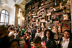 April 28, 2018 - Sao Paulo, Brazil - people appreciate the works of the collection of the premiere of the exhibition Ex Africa in the cultural center banco do Brazil (Credit Image: © Dario Oliveira via ZUMA Wire)