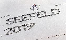 01.03.2019, Seefeld, AUT, FIS Weltmeisterschaften Ski Nordisch, Seefeld 2019, Skisprung, Herren, im Bild Stefan Kraft (AUT) // Stefan Kraft of Austria during the men's Skijumping of FIS Nordic Ski World Championships 2019. Seefeld, Austria on 2019/03/01. EXPA Pictures © 2019, PhotoCredit: EXPA/ JFK