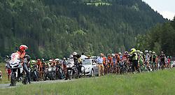 09.07.2015, Matrei, AUT, Österreich Radrundfahrt, 5. Etappe, Drobollach nach Matrei in Osttirol, im Bild Das Hauptfeld wird nach dem Sturz von der Rennleitung gestoppt // the peleton stopped by the jury after a crash during the Tour of Austria, 5th Stage, from Drobollach to Matrei in Osttirol, Matrei, Austria on 2015/07/09. EXPA Pictures © 2015, PhotoCredit: EXPA/ Reinhard Eisenbauer