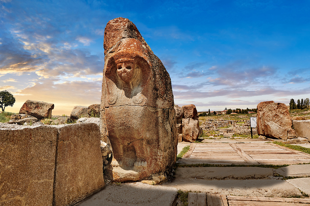 Picture of the Sphinx gate Hittite sculpture, Alaca Hoyuk (Alacahoyuk) Hittite archaeological site Alaca, Corum Province, Turkey, .<br /> <br /> If you prefer to buy from our ALAMY PHOTO LIBRARY  Collection visit : https://www.alamy.com/portfolio/paul-williams-funkystock/alaca-hoyuk-hittite-site.html<br /> <br /> Visit our TURKEY PHOTO COLLECTIONS for more photos to download or buy as wall art prints https://funkystock.photoshelter.com/gallery-collection/3f-Pictures-of-Turkey-Turkey-Photos-Images-Fotos/C0000U.hJWkZxAbg