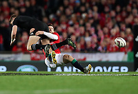Rugby Union - 2017 British & Irish Lions Tour of New Zealand - Third Test: New Zealand vs. British & Irish Lions<br /> <br /> Elliot Daly of The British and Irish Lions and Beauden Barrett of The All Blacks at Eden Park.<br /> <br /> COLORSPORT/LYNNE CAMERON