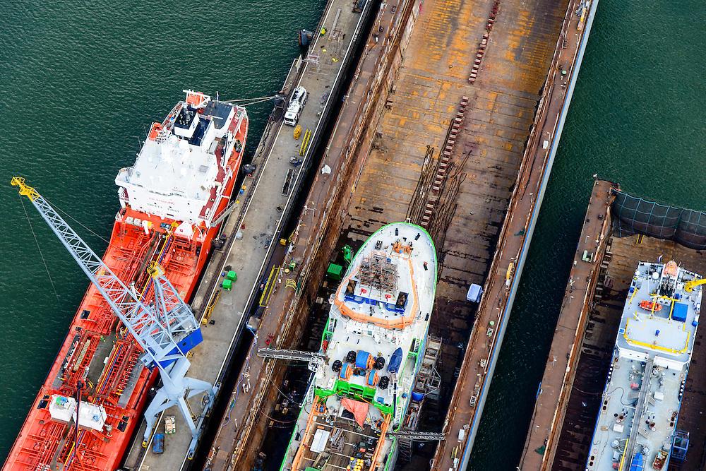 Nederland, Zuid-Holland, Rotterdam, 10-06-2015; Eemhaven met drijvende dokken van Damen Shiprepair Van Brink<br /> Floating docks.<br /> luchtfoto (toeslag op standard tarieven);<br /> aerial photo (additional fee required);<br /> copyright foto/photo Siebe Swart