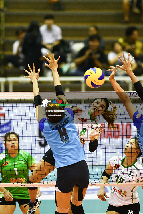 BANGKOK, THAILAND - MARCH 24: Duenpen Areelue of King-Bangkok VC #8 flying high as she attempt to make a spike over Rujira Ukasri of 3BB Nakornont #5 during the 2017 Women's Volleyball Thai-Denmark Super League, MCC Hall The Mall , Bangkok, Thailand on March 24, 2017.<br /> .<br /> .<br /> .<br /> (Photo by: Naratip Golf Srisupab/SEALs Sports Images)<br /> .<br /> Any image use must include a mandatory credit line adjacent to the content which should read: Naratip Golf Srisupab/SEALs Sports Images