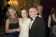JILL COLLINS, LILY COLLINS AND PHIL COLLINS, Crillon Debutante Ball 2007,  Crillon Hotel Paris. 24 November 2007. -DO NOT ARCHIVE-© Copyright Photograph by Dafydd Jones. 248 Clapham Rd. London SW9 0PZ. Tel 0207 820 0771. www.dafjones.com.