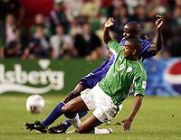 Fotball<br /> VM-kvalifisering<br /> Irland v Frankrike<br /> 07.09.2005<br /> Foto: Dppi/Digitalsport<br /> NORWAY ONLY<br /> <br /> CLINTON MORRISON (IRE) / LILIAN THURAM (FRA)