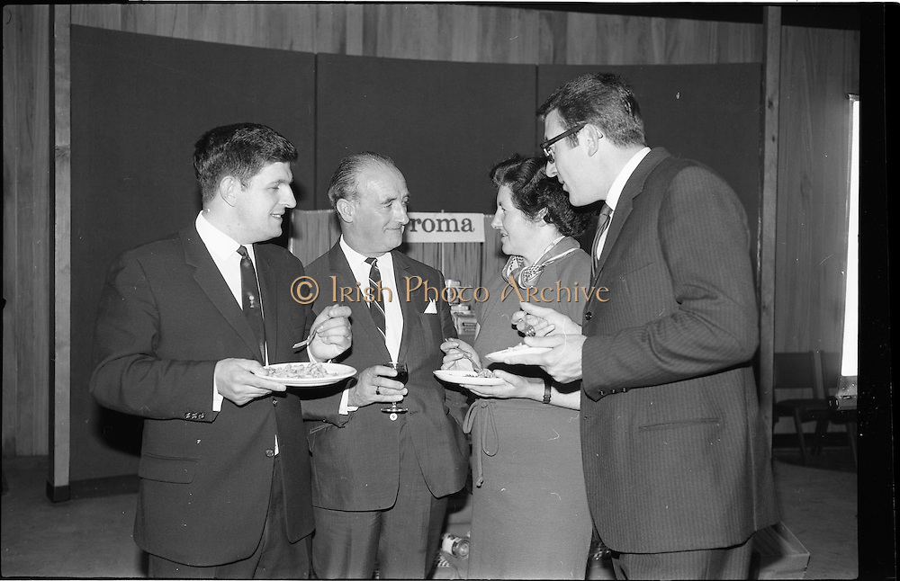 """17/09/1968<br /> 09/17/1968<br /> 17 September 1968<br /> Roma Foods launch new cookery competition at a reception in Liberty Hall, Dublin. The """"Great Pasta Recipe Competition"""" was sponsored by Roma Food Products Ltd. in conjunction with Alitalia Airlines and the Italian State Tourist Office. Picture shows (l-r): Mr D.J. Fitzpatrick, Sales Manager, Alitalia Airlines, with Miss Honor Moore and Mr Jimmy Flahive, both of whom would judge the competition and Dr Francesco Landuzzi, Director of The Italian State Tourist Office, Dublin. Roma Foods lancia una nuova competizione alla reception della Liberty Hall: 'La ricetta della miglior pasta"""""""