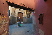 The ancient medinah of Fès el Bali comprises a labyrinthine network of narrow alleyways and streets.