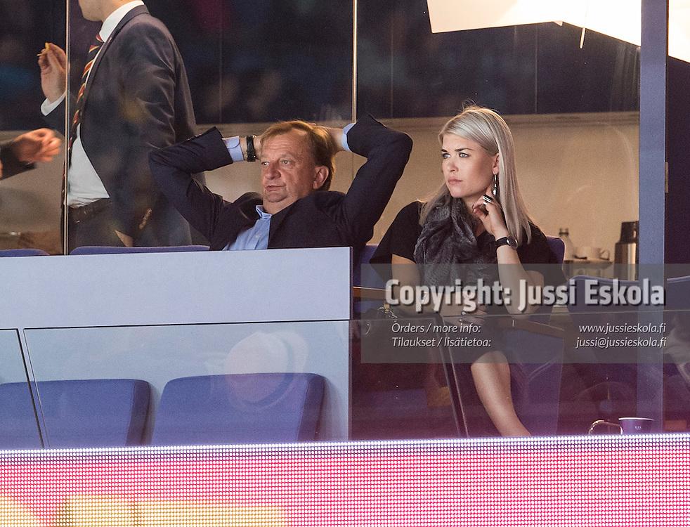 Hjallis Harkimo, Susanna Koski (?). Jokerit - Severstal. KHL. 25.8.2015. Photo: Jussi Eskola