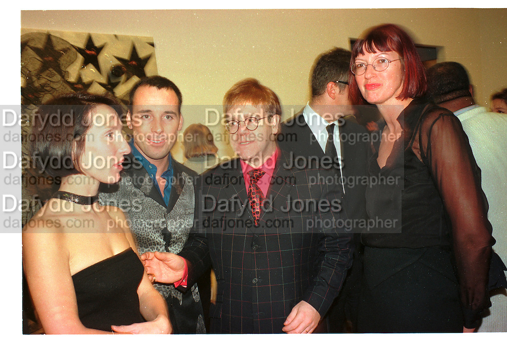 SAM TAYLOR WOOD; DAVID FURNISH; SIR ELTON JOHN; JANET STREET-PORTER, Turner prize private view, Tate Gallery. London. 27 October 1998.<br /> , SUPPLIED FOR ONE-TIME USE ONLY> DO NOT ARCHIVE. © Copyright Photograph by Dafydd Jones 248 Clapham Rd.  London SW90PZ Tel 020 7820 0771 www.dafjones.com