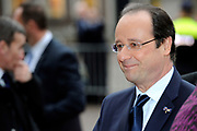 "François Hollande brengt een officieel bezoek aan Nederland. Hollande is in Nederland om de handelsbetrekkingen aan te halen.<br /> <br /> François Hollande brings an official visit to the Netherlands. Hollande is in the Netherlands for ""better""Trading relations<br /> <br /> Op de foto/ On the photo:  De Franse president François Hollande komt aan bij Eerste Kamer<br /> <br /> French President Francois Hollande arrives at Senate"