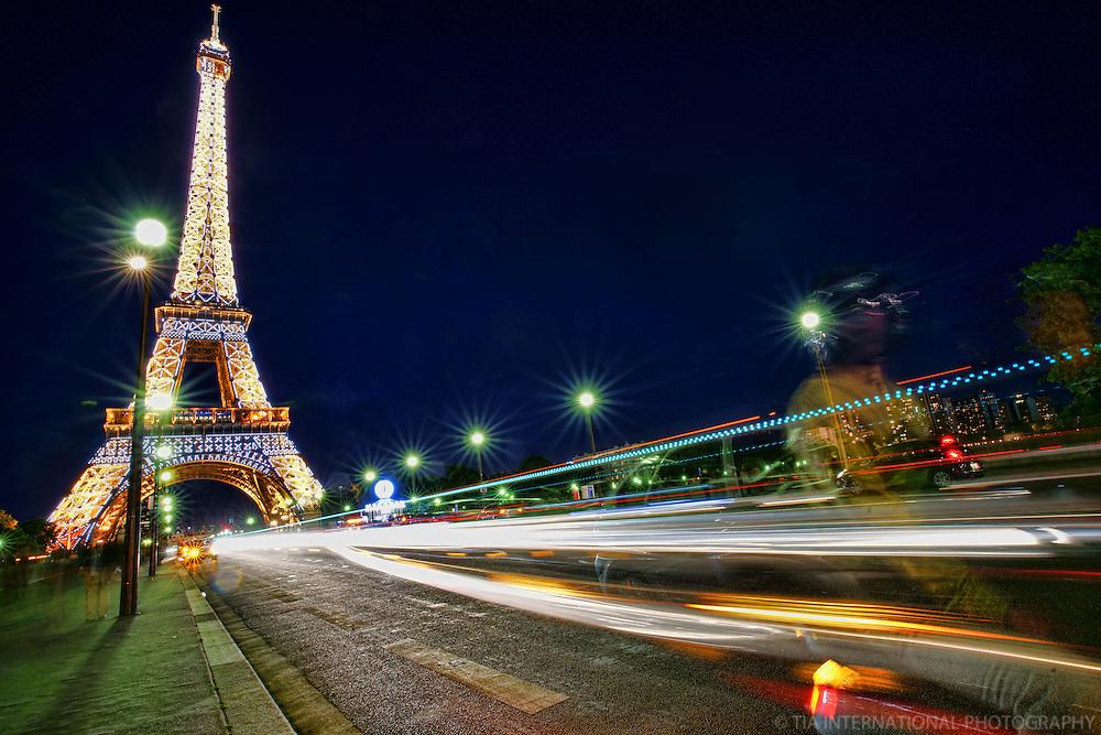 Paris - Le Tour Eiffel @ Twilight