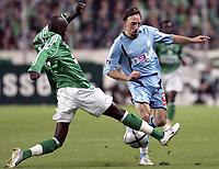Fotball<br /> Frankrike 2005/2006<br /> 23.10.2005<br /> SAINT ETIENNE v OLYMPIQUE MARSEILLE <br /> Foto: Dppi/Digitalsport<br /> NORWAY ONLY<br /> <br /> FRANCK RIBERY (OM) / FOUSSENI DIAWARA (ST-E)
