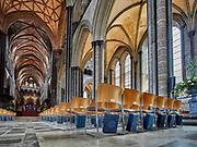 Stunning Gothic interior of the Salisbury Cathedral.<br /> Salisbury, Wiltshire, UK
