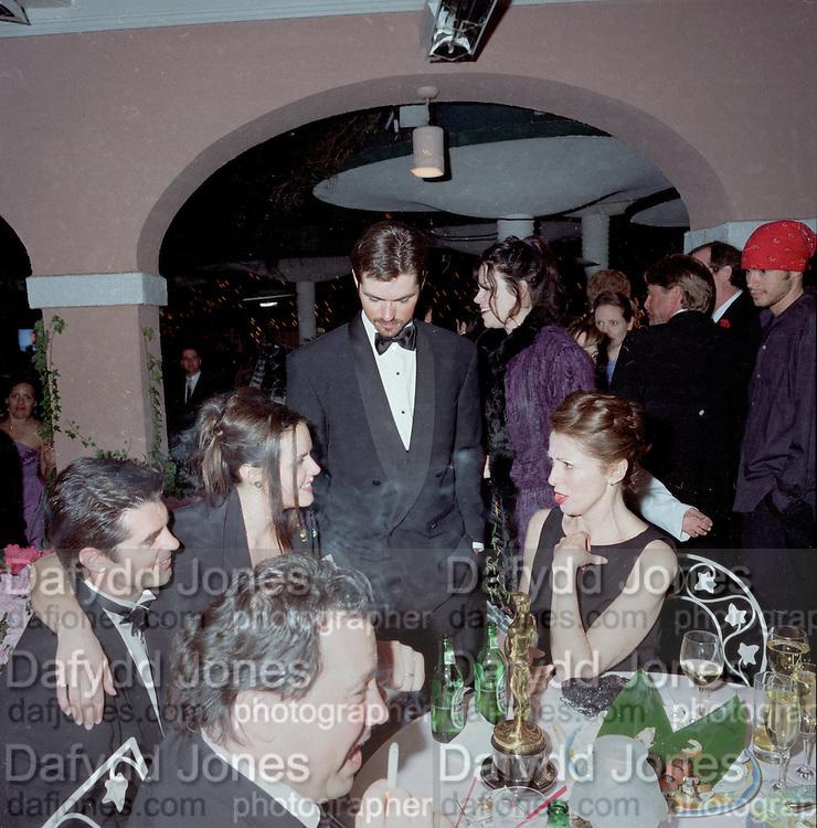 Miramax post Oscar party. Beverley Hills Hotel. 26 March 2000. © Copyright Photograph by Dafydd Jones 66 Stockwell Park Rd. London SW9 0DA Tel 020 7733 0108 www.dafjones.com