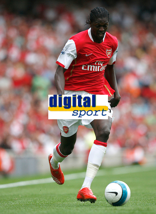 Photo: Steve Bond.<br />Arsenal v Derby County. The FA Barclays Premiership. 22/09/2007. Emmanual Adebayor attacking again