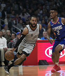 November 15, 2018 - Los Angeles, California, U.S - Shai Gilgeous-Alexander #2 of the Los Angeles Clippers tries to block Patty Mills #8 of the San Antonio Spurs during their NBA game on Thursday November 15, 2018 at the Staples Center in Los Angeles, California. Clippers defeat Spurs, 116-111. (Credit Image: © Prensa Internacional via ZUMA Wire)