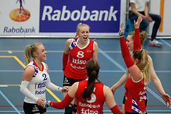 20170430 NED: Eredivisie, VC Sneek - Sliedrecht Sport: Sneek<br />Anniek Siebring (8) of VC Sneek <br />©2017-FotoHoogendoorn.nl / Pim Waslander