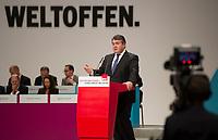 DEU, Deutschland, Germany, Berlin, 11.12.2015: Bundeswirtschaftsminister Sigmar Gabriel (SPD) beim Bundesparteitag der SPD im CityCube.