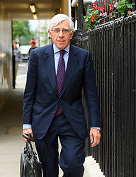 © Licensed to London News Pictures. 04/07/2016. London, UK. Former foreign secretary JACK STRAW seen leaving the London office of former PM Tony Blair on July 4, 2016. The the long-awaited Chilcot inquiry into the war in Iraq is due to be released on Wednesday. Photo credit: Ben Cawthra/LNP