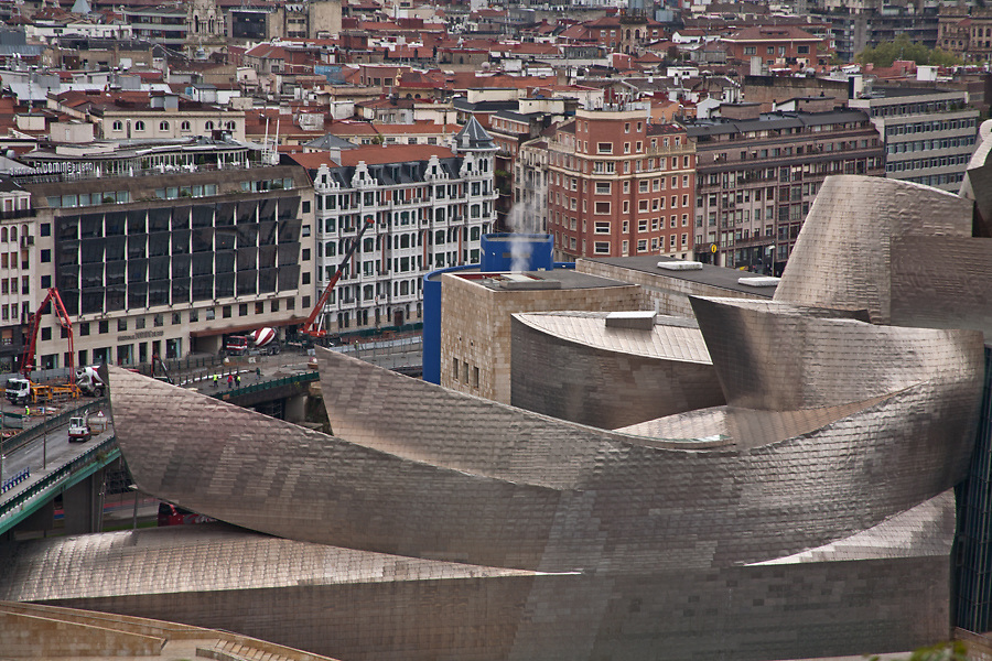 Guggenheim Museum, Bilbao. Architect Frank Gehry (FOGA) 1997<br /> Photo by Robin Hill (c)